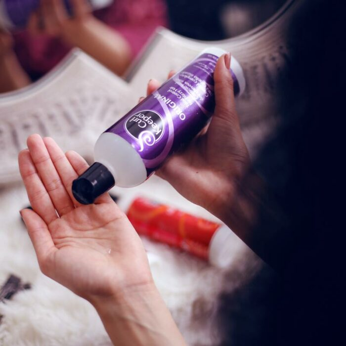 Curl Keeper® Original Liquid Styler is easy to use